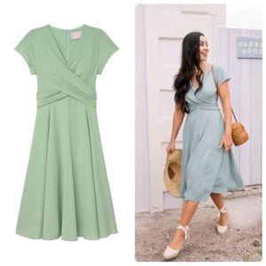 Gal Meets Glam Crisscross Bodice Dress